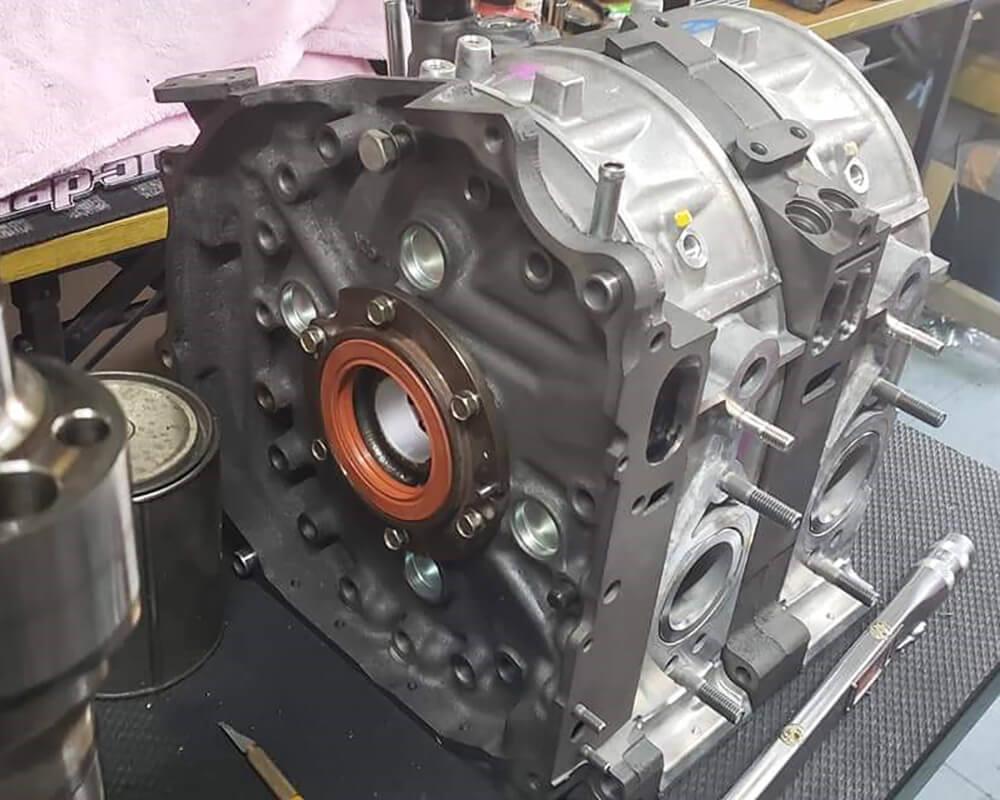 RX-7、RX-8、ロードスターなどのロータリーエンジン中古車専門店 LEAD リード本店